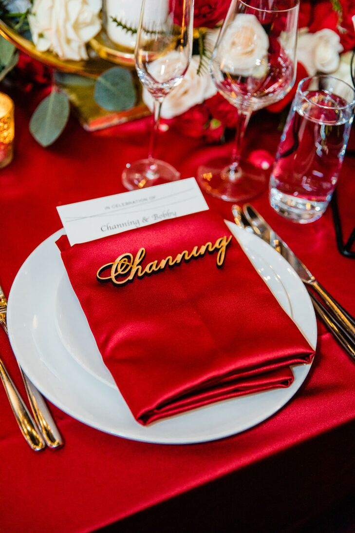 Bold Red Table Linen and Napkin with Wood Script Name