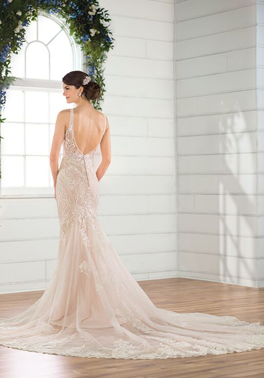 Essense of Australia D2775 Wedding Dress