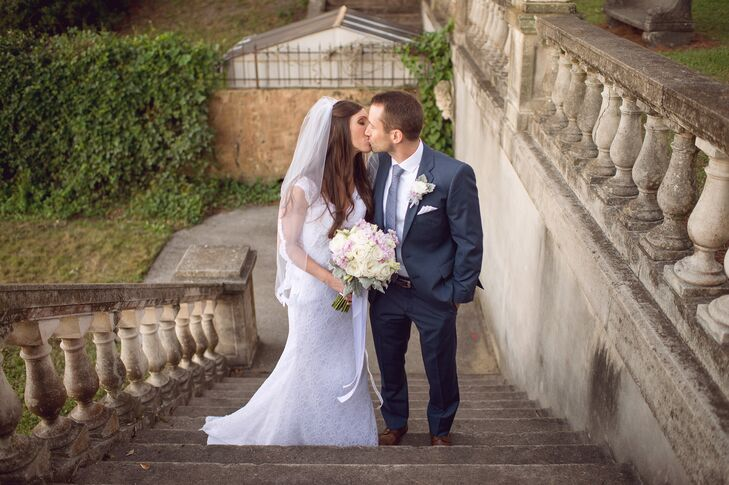 Abbey LeBlanc (27, a pharmacist) and Adam Johnston (33, works in finance) met just three days before they graduated from the University of Florida. Th