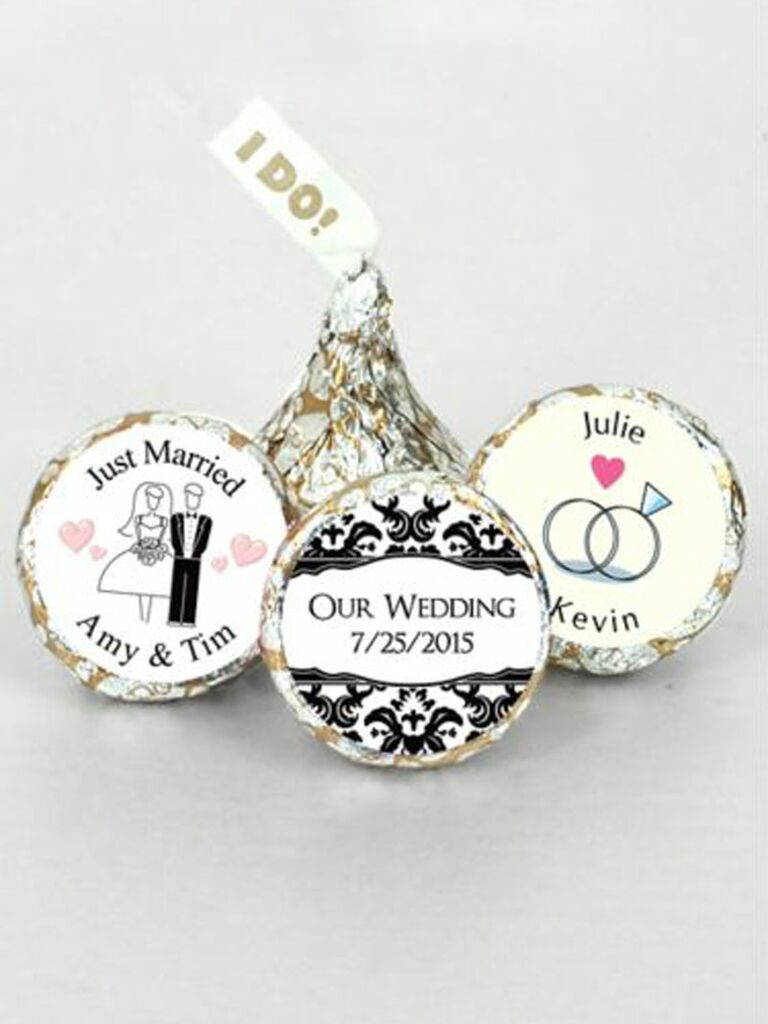 wedding silver and gold chocolate kisses