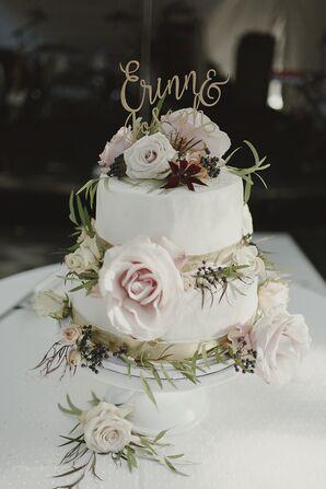 Romantic Garden-Inspired Wedding Cake