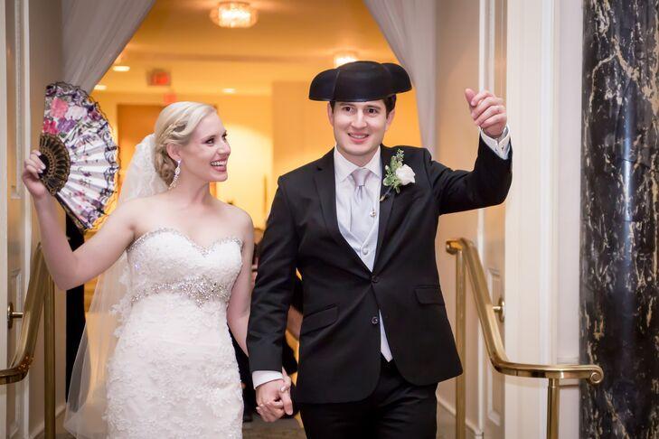 As a surprise to everyone, Jonatan entered the reception wearing a matador hat.