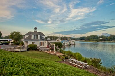 Keffer  Hall at Deep Creek Landing Marina