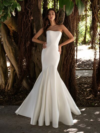 Paváne Couture Bridal