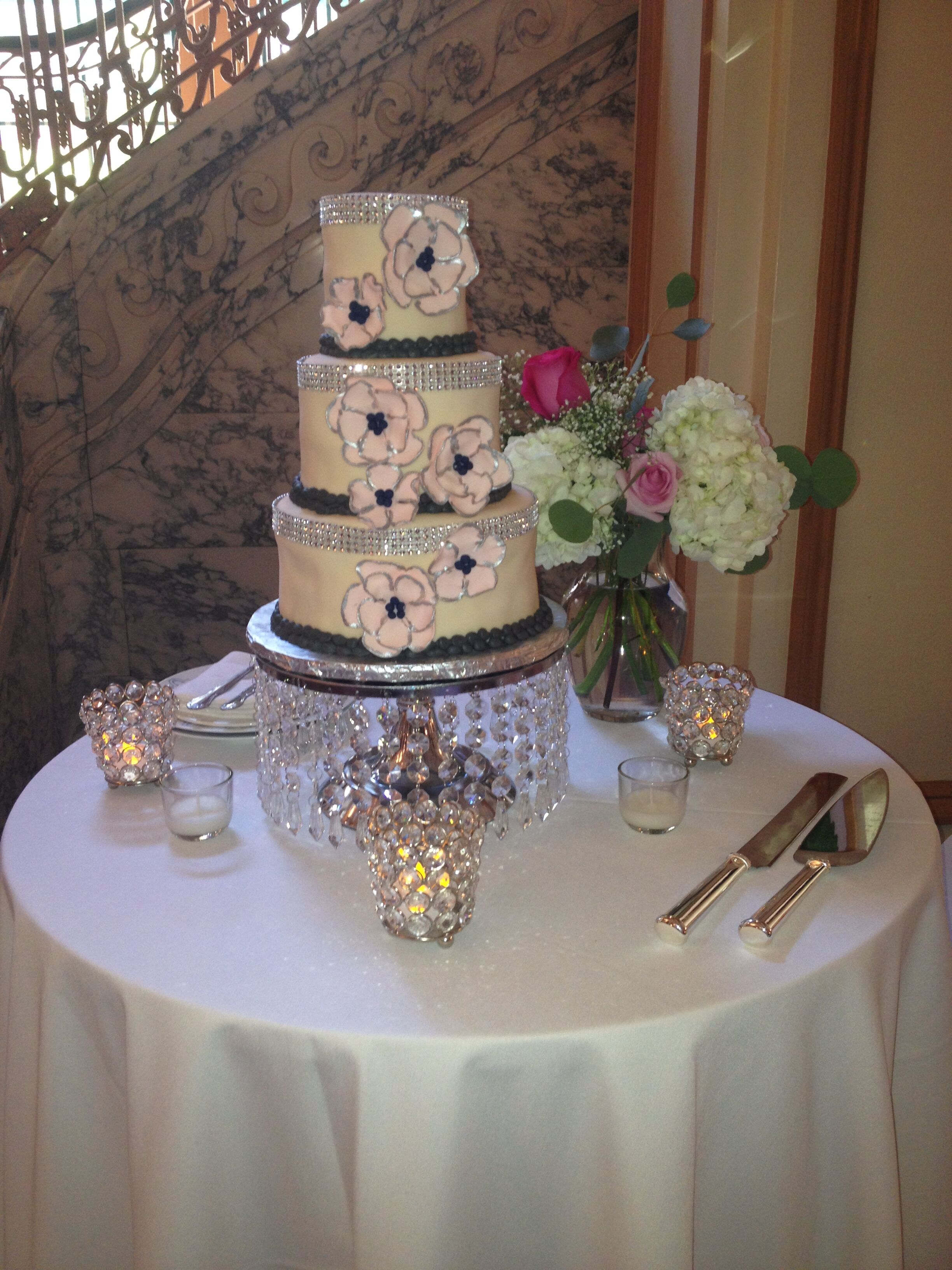 Blooms And Batter Designer Cakes
