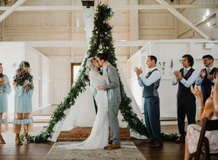 Carly Fryer (29 and a senior buyer at Free People) and Dante Molino (29 and the co-founder of Gravity Rail Media) held a relaxed, bohemian wedding at