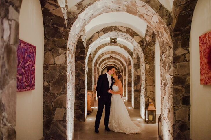 Following the ceremony and the callejoneada, Marian and Dillon took a few moments to themselves before heading into the reception. The Mexican colonial architecture throughout San Miguel de Allende and the Instituto Allende itself provided a romantic backdrop for the couple's private photo session.