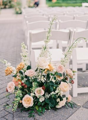 Classic Flower Arrangement of Roses and Leaves