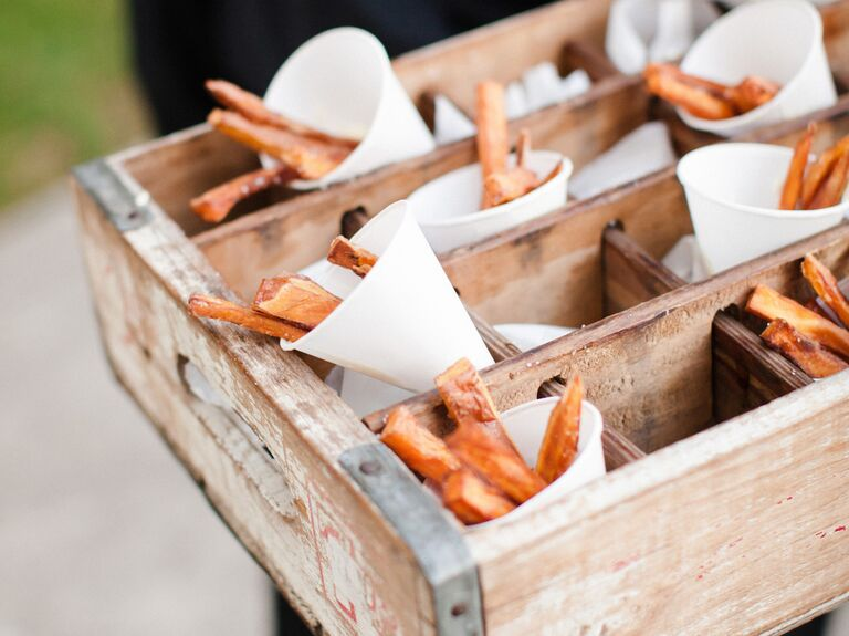 Creative Thanksgiving Food Ideas for Your Wedding Reception
