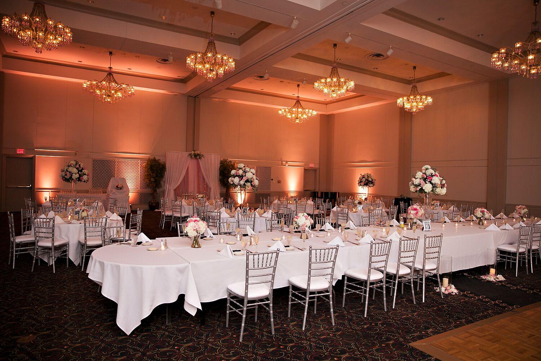 wedding reception crowne plazspringfield il%0A President Abraham Lincoln  A DoubleTree by Hilton