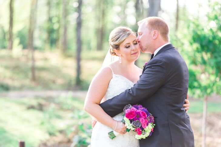 Lindsay Amyot (29 and a student recruitment officer) and David Wilson (29 and an insurance broker) filled their wedding with gold touches, inspired by