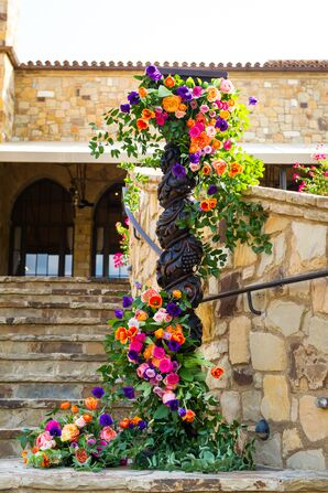 Bold Florals at a Southwestern-Themed Wedding