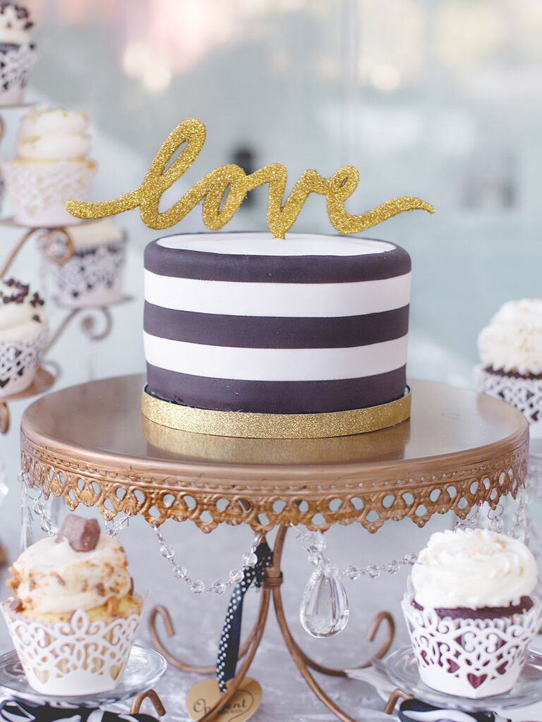Single-Tier Wedding Cakes