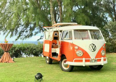Aloha Friday Photo Bus