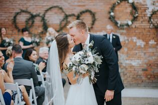 Wedding Photographers In Dallas Tx The Knot