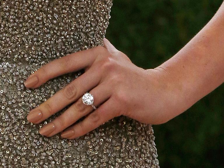 Kate Upton engagement ring