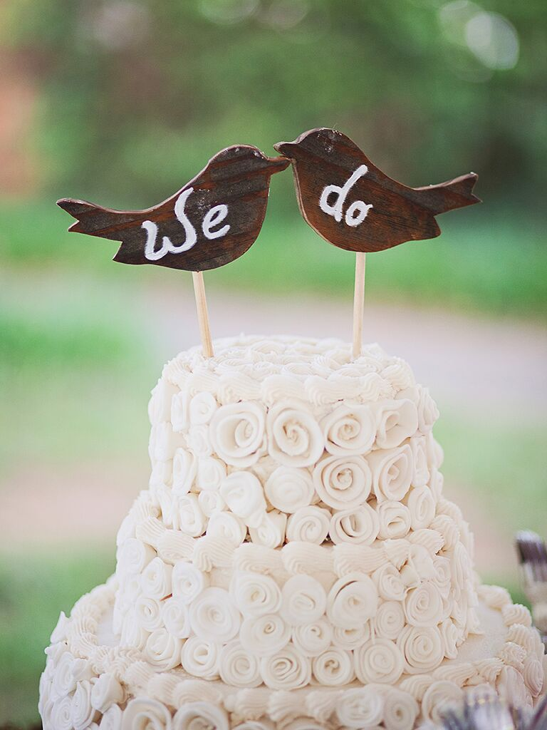 DIY rustic bird wedding cake topper idea
