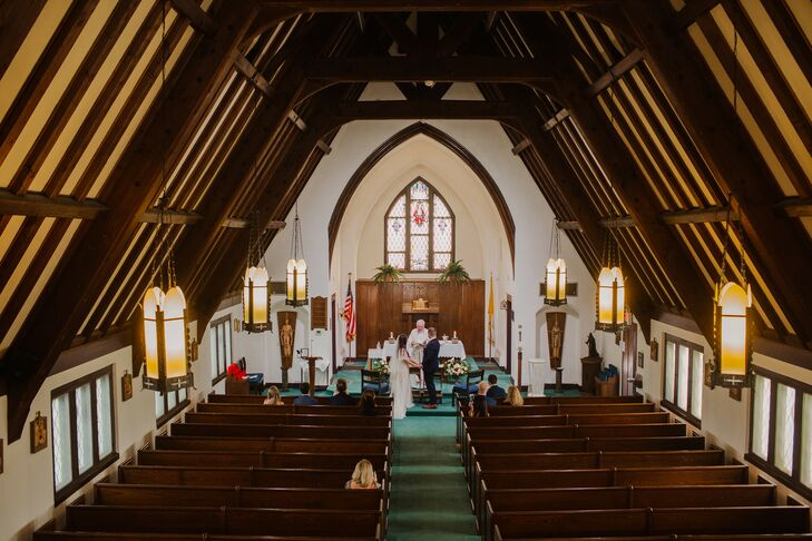 Wedding Ceremony at Sacred Heart Chapel in Avalon, New Jersey