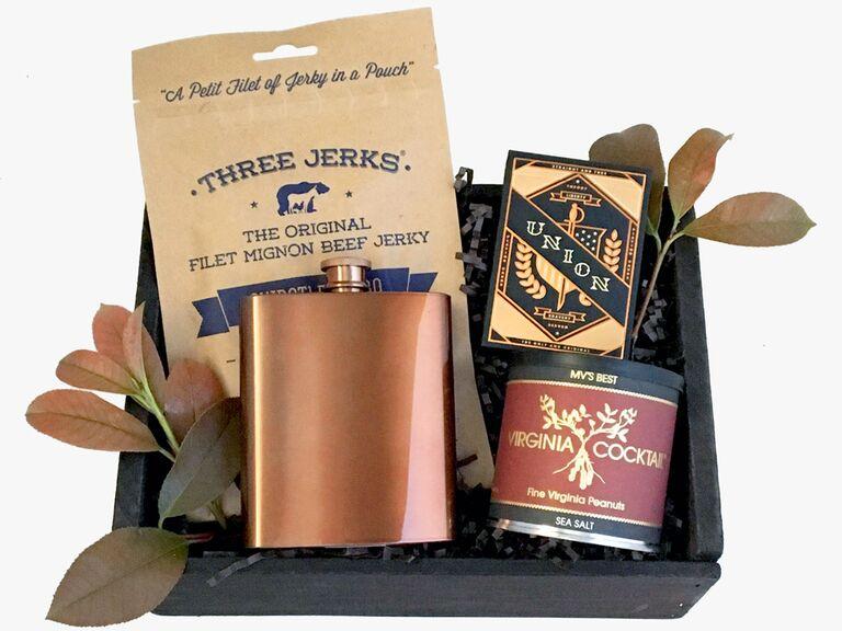 Sophisticated groomsmen gift set