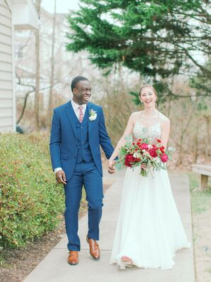 Bride and Groom Portraits at The Estate at Independence in Midlothian, Virginia