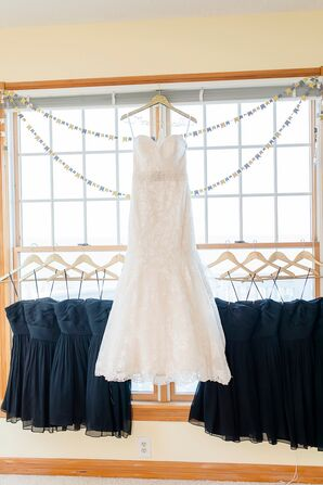 Lace Mermaid-Style Wedding Dress With Sweetheart Neckline
