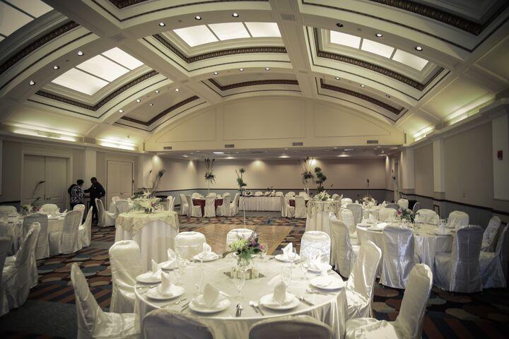 Wedding Invitations Jackson Ms: King Edward Hotel / Hilton Garden Inn Jackson Downtown