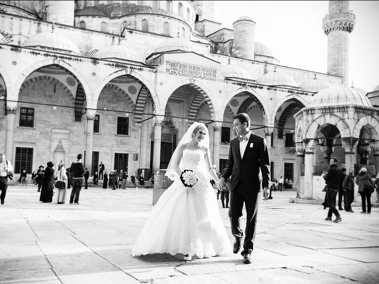 Instanbul, Turkey destination wedding at the Sultan Ahmed Mosque