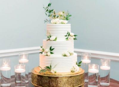 Bloom Custom Cakes