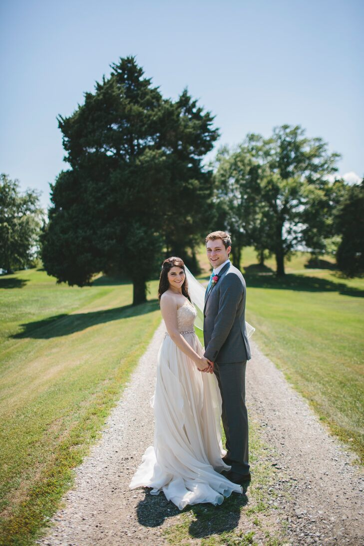 Their reception took place at a tobacco farm down the street from Jess's family's house in Annapolis, Maryland, where they used to watch the sunset. When Jess and Dan found out the location had weddings, they booked the on-site barn for their celebration.