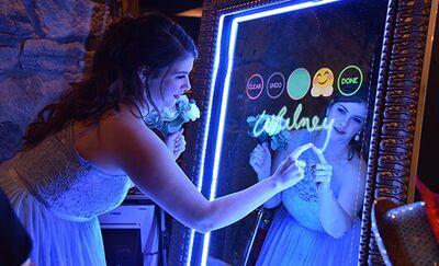 Long Island Mirror Booth