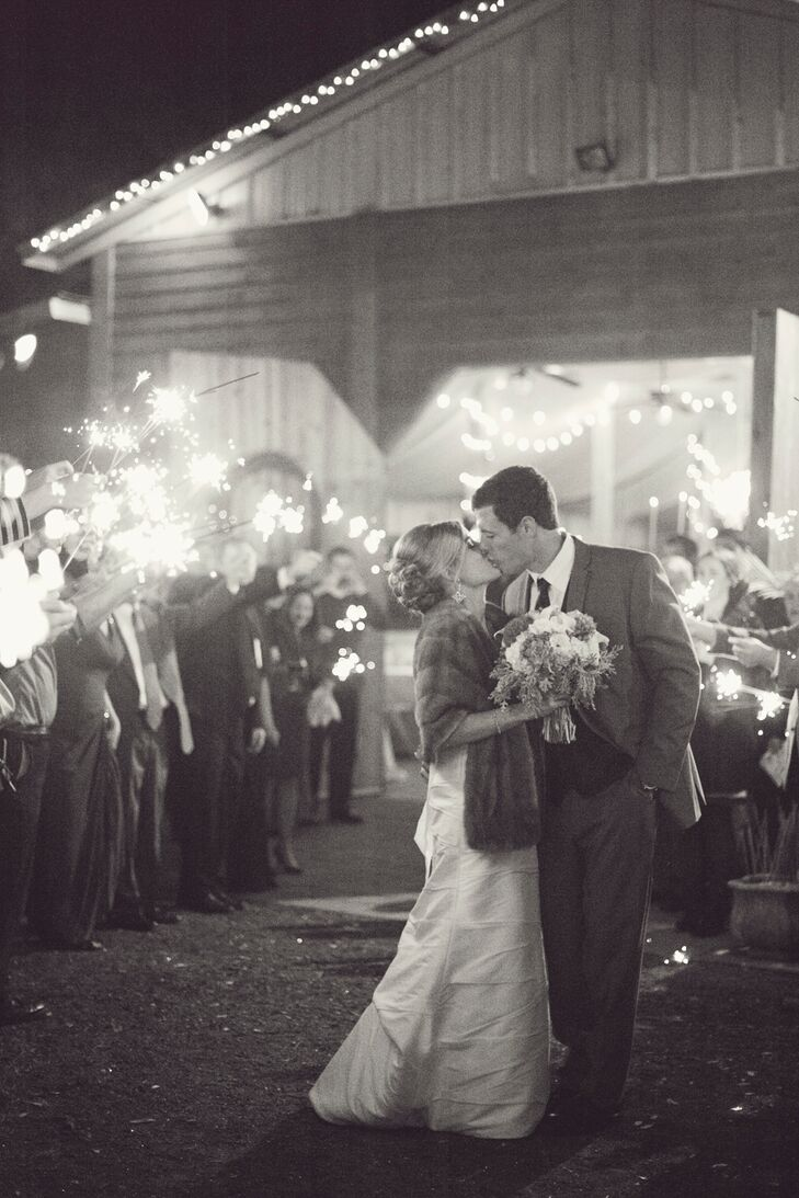 """We knew there was a chance that it would be cold since we were getting married in January, so we planned accordingly,"" says Lindsey. ""We had a bonfire and had River Street Sweets making fresh pecan pralines served hot."""