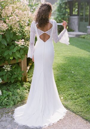 65a93d8680  1500- 1999 Wedding Dresses