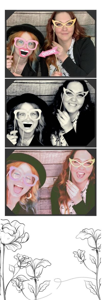 The Vibe Photo Booth