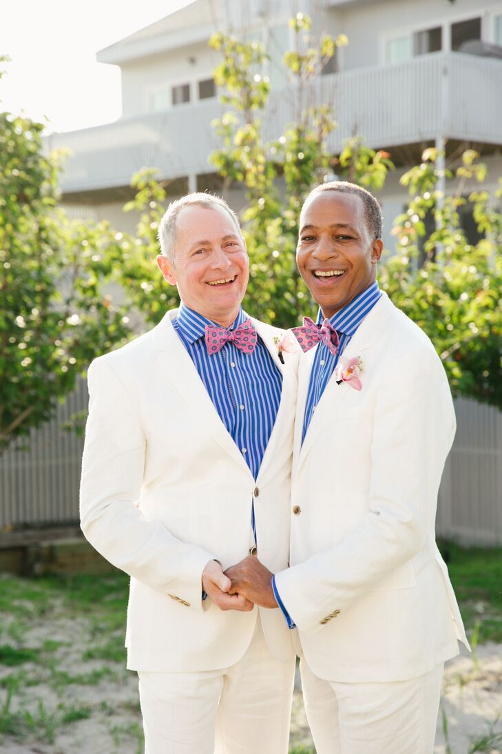 For their long-awaited nuptials, David Biemesderfer (55, and a CEO) and Bruce Anthony Jones (57, and a professor) wanted to create a vibe that was bot