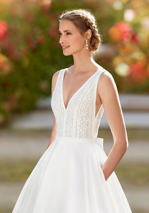 Aire Barcelona ISSAN Ball Gown Wedding Dress