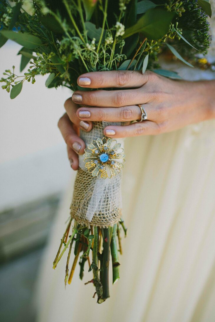 Turquoise Brooch with Burlap Bouquet Wrap