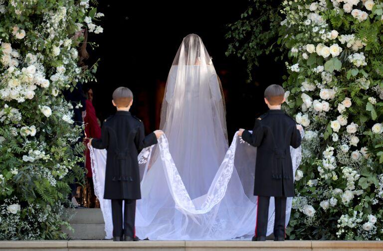 meghan markle wedding entrance page boys