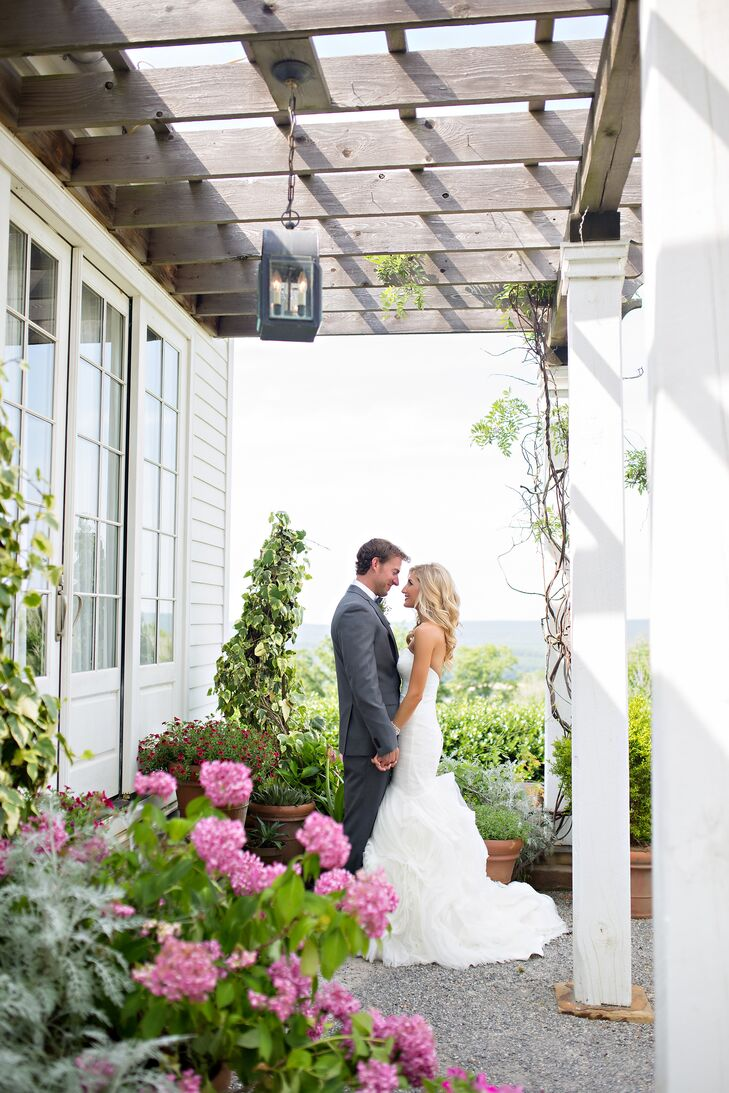 A Manson Wedding at Moss Mountain Farm