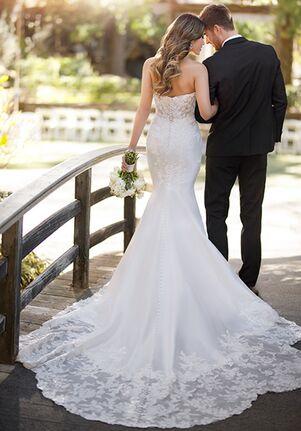 Essense of Australia D2812 Mermaid Wedding Dress