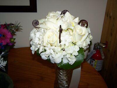 Arlyne's Flowers & Etc.