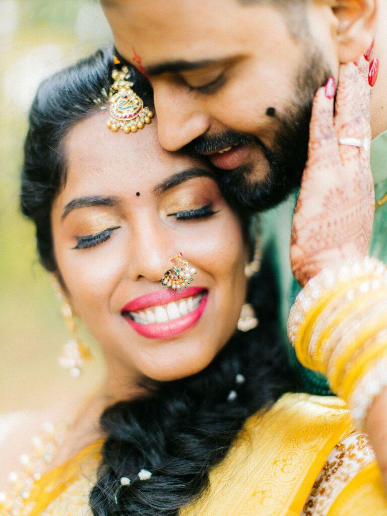 wedding makeup golden eyeshadow with winged eyeliner