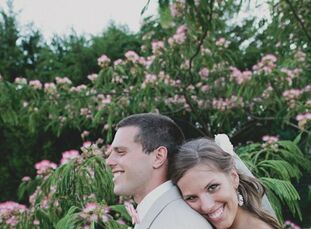 Kelsey and Tanner grew up as family friends after their moms met in a grocery store while they were both pregnant. The couple began dating during juni