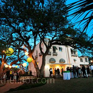 Austin Museum of Art -- Laguna Gloria Wedding