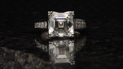 K Bond Jewelers