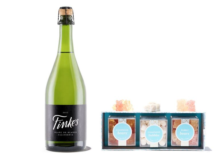 Gift set with champagne and Sugarfina candy