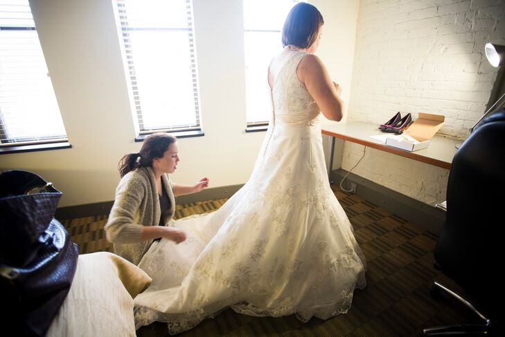 """""""Nicky had on a really gorgeous ivory dress with simplernembellishments, and it fit her beautifully,"""" says Linsey. """"I remember turning the corner for that first look and my heart lept. She was absolutely stunning."""""""