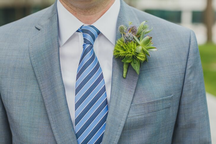 The boutonnieres consisted of herbs, thistle, berries and, of course, succulents.