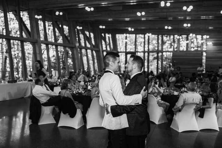 Bissell Tree House First Dance
