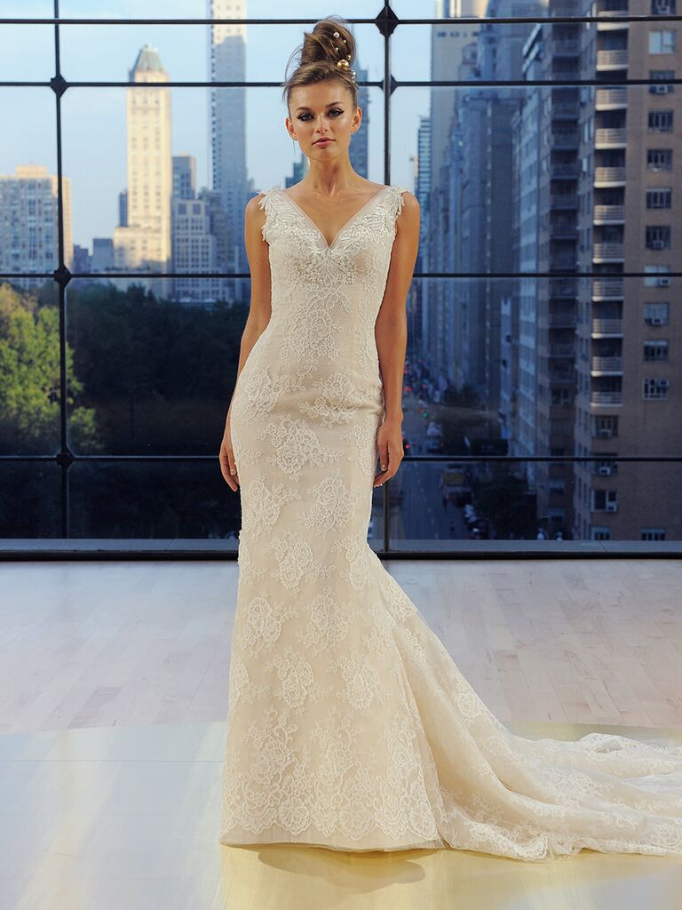 Ines Di Santo Fall 2018 trumpet Houston gown with box pleat train