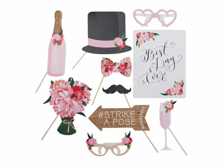 Floral spring wedding photo booth props